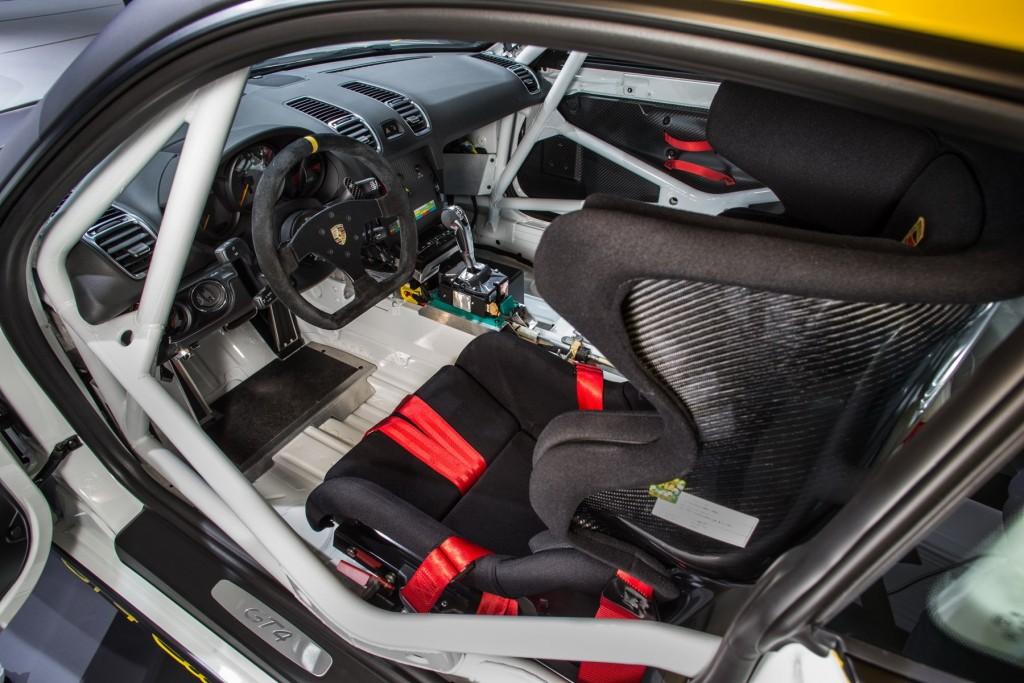 Cayman-GT4-CS-interior